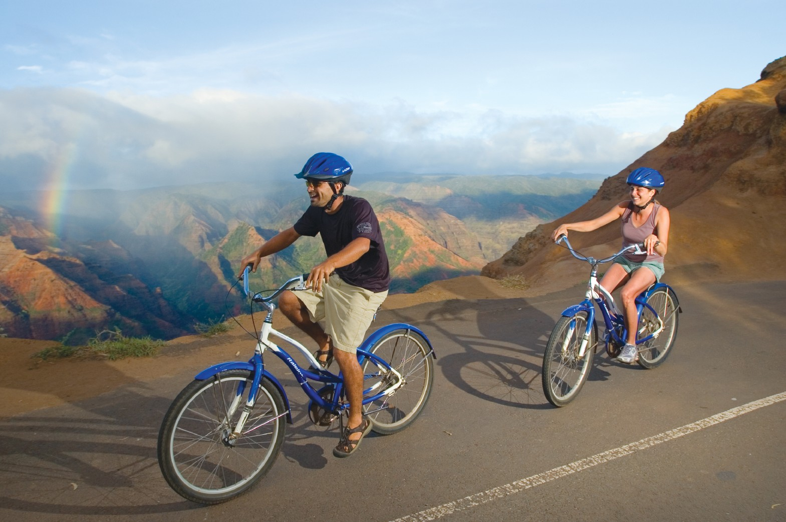 Bike Hawaii Tours Waimea Canyon Bike Tour van